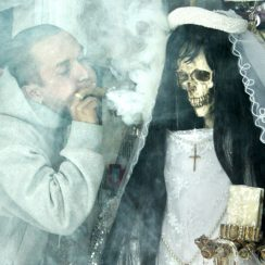 imagenes de la muerte santa (4)