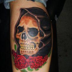 imagenes de la santa muerte con rosas (5)