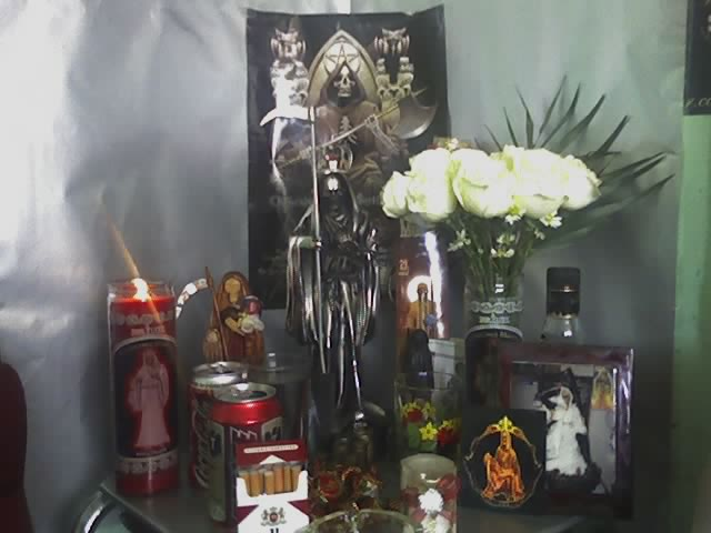 imagenes de la santa muerte altares (1)