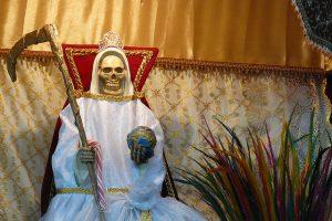 imagenes de la santa muerte altares (13)