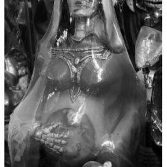 La Santa Muerte embarazada