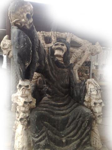 21 imgenes de la Santa Muerte sentada  Imgenes de la Santa Muerte