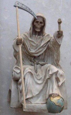santa-muerte-guadana-7