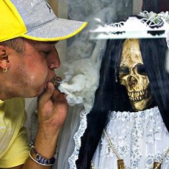 imagenes de la santa muerte para subir al facebook (1)