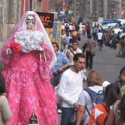 7 imágenes de la Santa Muerte en la realidad